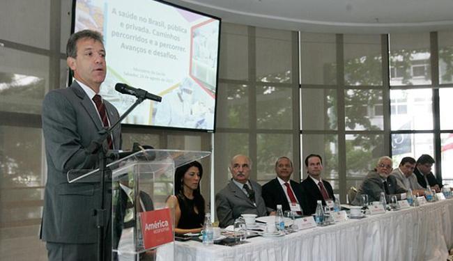 Ministro Arthur Chioro veio participar de uma conferência na manhã desta terça-feria - Foto: Luciano da Matta l Ag. A TARDE