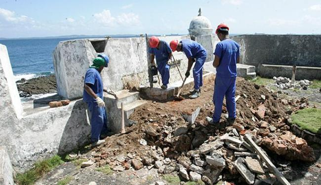 Obras foram iniciadas há duas semanas e têm investimentos de R$ 2,6 milhões - Foto: Luciano da Matta l Ag. A TARDE