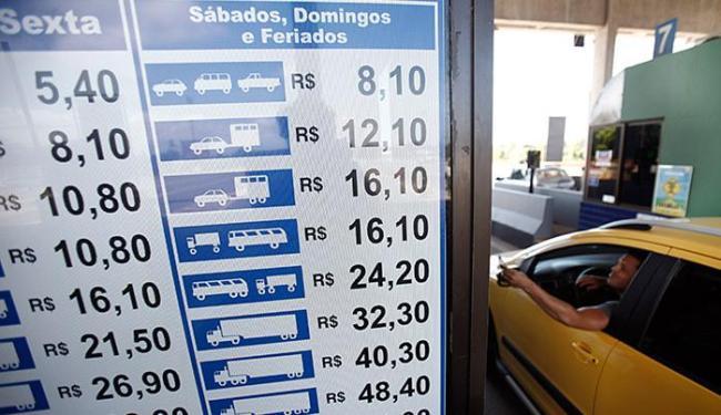 Condutores de automóveis que pagavam R$ 5 (de segunda a sexta-feira) passam a pagar R$ 5,40 - Foto: Raul Spinassé l Ag. A TARDE