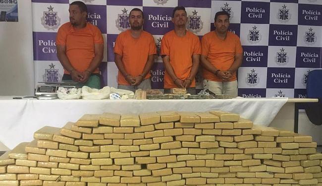 A quadrilha foi autuada por tráfico de drogas e associação ao tráfico - Foto: Divulgação | Polícia Civil