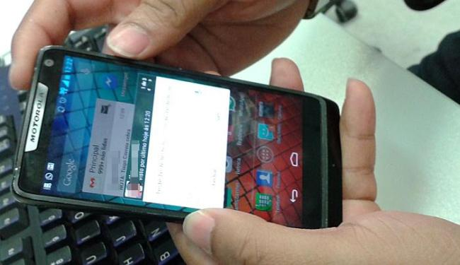 Usuários devem ficar atentos para não caírem em golpes online - Foto: Ag. A TARDE