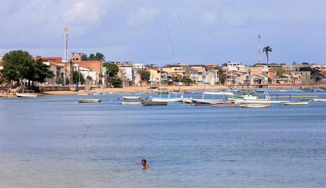 Praias da Penha e do Bogari estão impróprias para o banho - Foto: Luciano da Matta   Ag. A TARDE