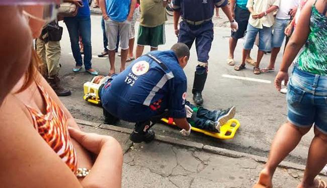 A professora foi baleada no pescoço - Foto: Arivaldo Silva | Cidadão Repórter | Ag. A TARDE
