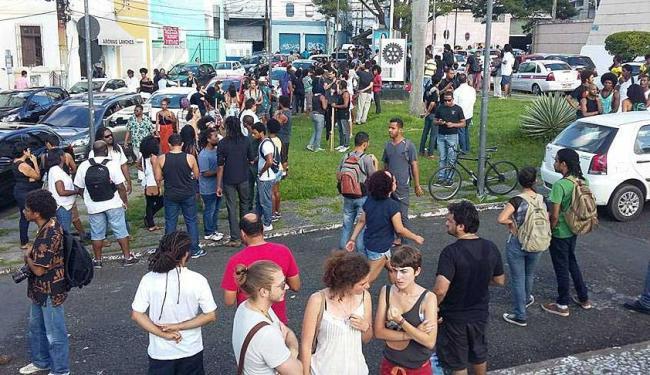Concentração ocorreu no Largo dos Aflitos, antes da caminhada para a Piedade - Foto: Divulgação