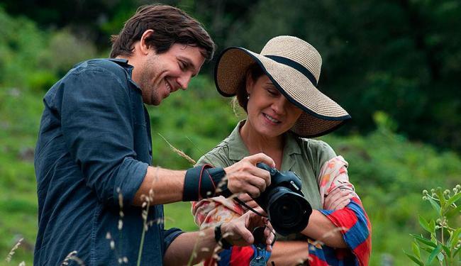 João é um fotógrafo decadente, procurando uma nova modelo para relançar a sua carreira - Foto: Divulgação
