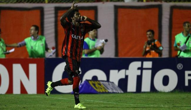 Rhayner comemora o gol de empate no Barradão - Foto: Eduardo Martins | Ag. A TARDE