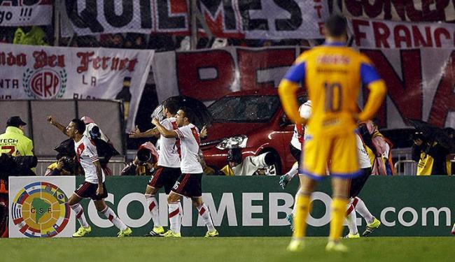 Em casa, clube argentino bate o mexicano e emenda sua terceira conquista continental consecutiva - Foto: Marcos Brindicci l Reuters