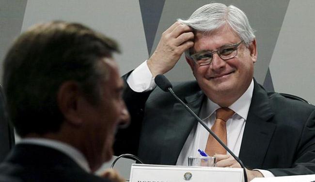 Apesar da tensão provocada pelas intervenções de Collor, Janot manteve-se bem-humorado - Foto: Ueslei Marcelino l Reuters