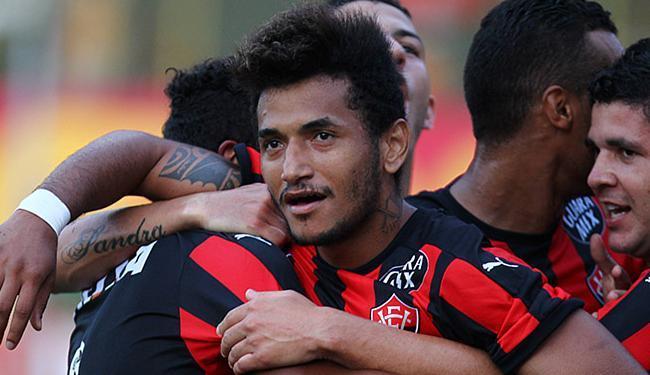 Vitória diz que Rogério continua com a equipe rubro-negra - Foto: Eduardo Martins | Ag. A TARDE