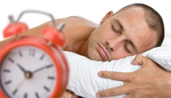 Quem dormia mais de sete horas tinha menos risco de ficar gripado - Foto: Getty Images