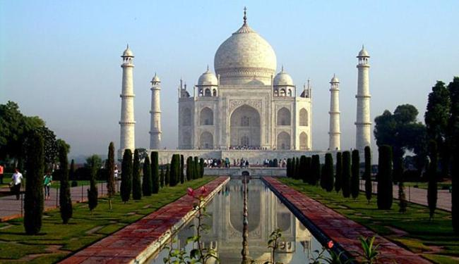 O Taj Mahal é considerado símbolo do amor e um dos monumentos mais visitados do mundo - Foto: Rosa Ballada | Divulgação