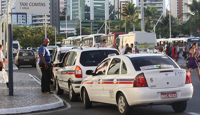 Cerca de 7,2 mil taxistas devem realizar o procedimento até 30 de novembro - Foto: Lucio Távora | Ag. A TARDE