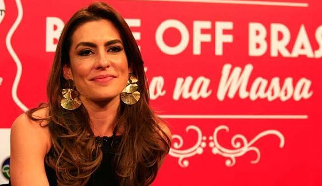 Apresentadora deixou a bancada do jornal para ir ao reality-show culinário - Foto: Mila Cordeiro | Ag. A TARDE