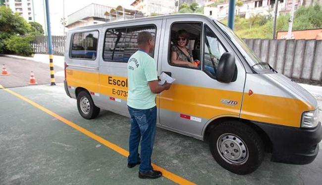 Vistoria vai conferir multas e acessórios de seguranças dos veículos - Foto: Edilson Lima | Ag. A TARDE