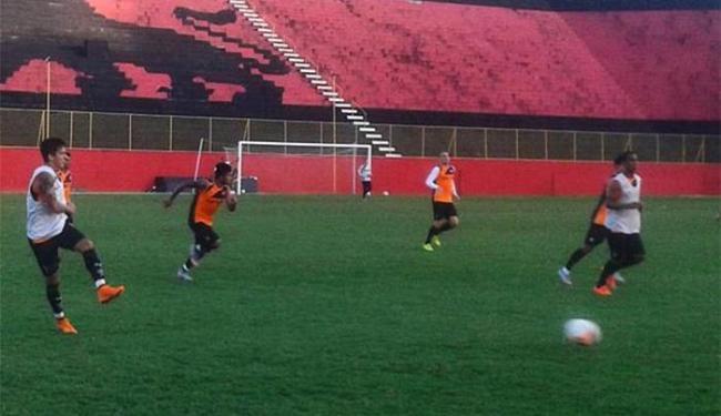 Treinador do Leão comandou coletivo no Barradão visando o jogo contra Ceará - Foto: Reprodução l Twitter