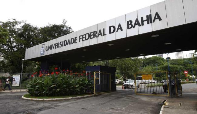 Em comunicado, instituição confirmou continuidade do semestre - Foto: Margarida Neide | Ag. A TARDE