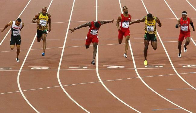 Bolt não largou bem, mas se recuperou no final - Foto: David Gray | Reuters | 23.08.2015