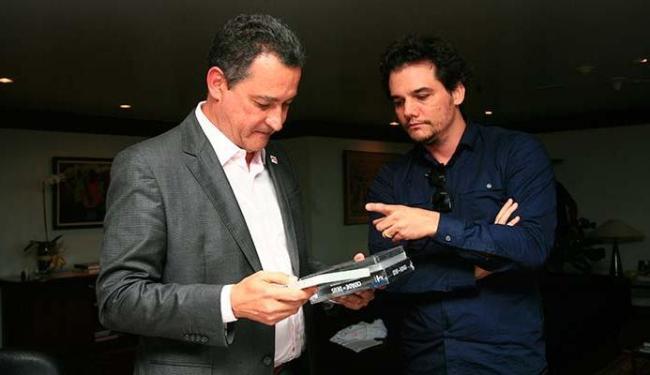 Wagner Moura se encontrou com Rui Costa nesta terça-feira - Foto: Mila Cordeiro   Ag. A TARDE