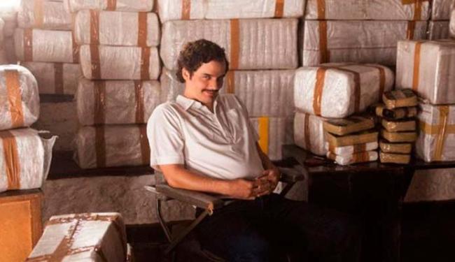 Moura é o protagonista da série da Netflix - Foto: Divulgação