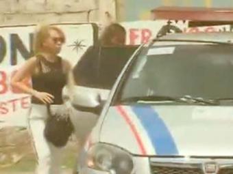 Joelma foi filmada saindo de uma delegacia - Foto: Reprodução | TV Record