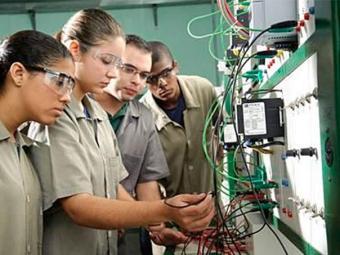 Ao todo, 70% das vagas são destinadas para estudantes oriundos de Escolas Públicas - Foto: Reprodução