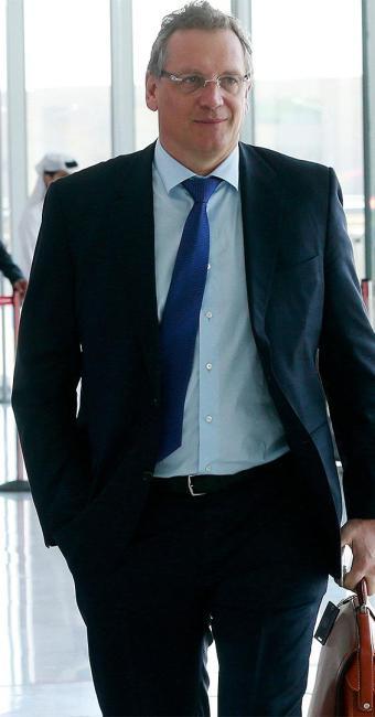 A Fifa anunciou o afastamento do francês e abriu investigações internas contra ele - Foto: Mohammed Dabbous l Reuters