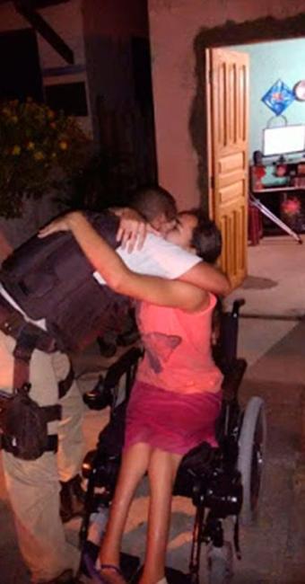 PMs fizeram rifa para comprar ajudar jovem de 14 anos - Foto: Reprodução | Blog Ocorrência Policial