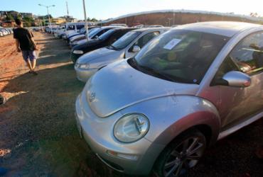 Polícia convoca donos de 45 veículos recuperados após roubos e furtos