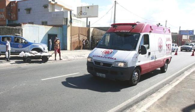A vítima foi socorrida por uma equipe do Serviço de Atendimento Móvel e Urgência (Samu) - Foto: EdílsonLima | Ag. A TARDE