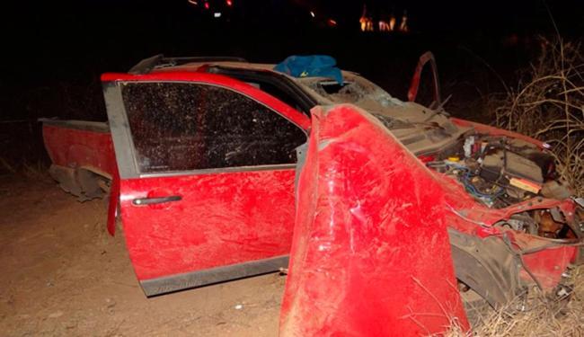 Além do Fiat Strada, outros bandidos roubaram uma Hilux - Foto: Reprodução   Sigi Vilares