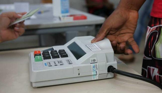 Cerca de 600 mil eleitores já foram recadastrados - Foto: Luciano da Matta| Ag. A TARDE