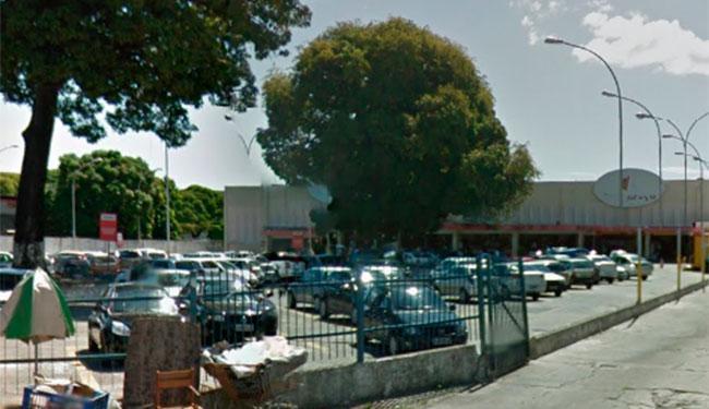 O crime aconteceu quando funcionários da empresa Prosegur abasteciam os caixas eletrônicos - Foto: Reprodução | Google Street View