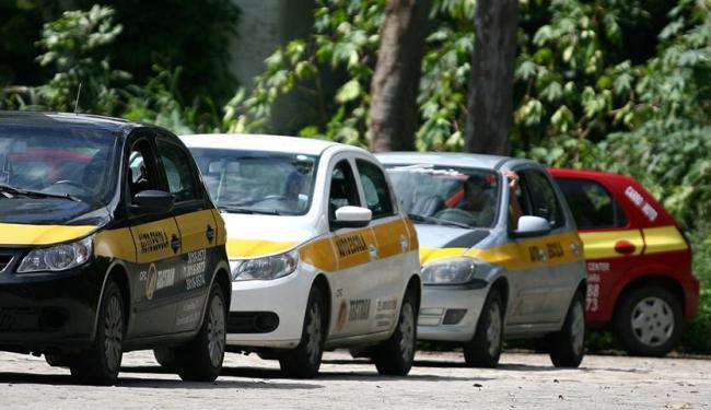 Também serão oferecidos cursos de capacitação para mototaxistas, taxistas e motoristas - Foto: Joá Souza | Ag. A TARDE