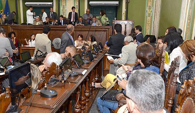 A LDO foi aprovada sob protesto de vereadores da oposição, que queriam adiar a decisão - Foto: Antônio Queirós l Divulgação