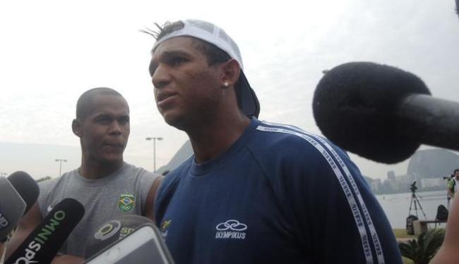 Isaquias e seus companheiros de seleção protestaram nesta sexta-feira, 4, contra a CBCa - Foto: Reprodução | SporTV