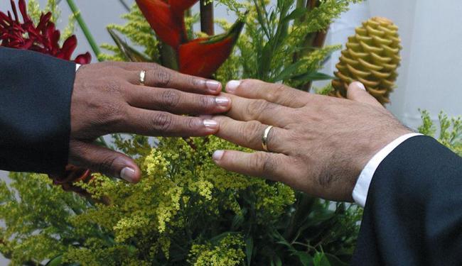 Parecer aprovado exclui casais homoafetivos - Foto: Edmar Melo | Arquivo | Ag. A TARDE