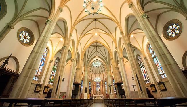A Catedral de São Pedro de Alcântara abriga, em capelas laterais, os restos mortais - Foto: Renata Lima l Divulgação