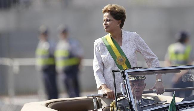 Ao invés de pronunciamento na TV, Dilma optou por mensagem enviada pelas redes sociais - Foto: Ueslei Marcelino   Reuters   07.09.2015