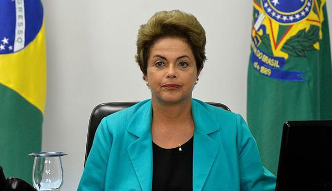 Dilma ofereceu cinco ministérios para o PMDB, mas pode ampliar para seis - Foto: Wilson Dias l Agência Brasil