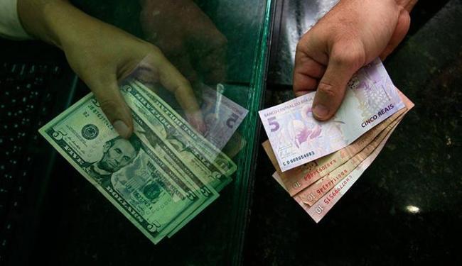 É melhor comprar a moeda em papel do que colocar o valor no cartão pré-pago - Foto: Mila Cordeiro | Ag. A TARDE
