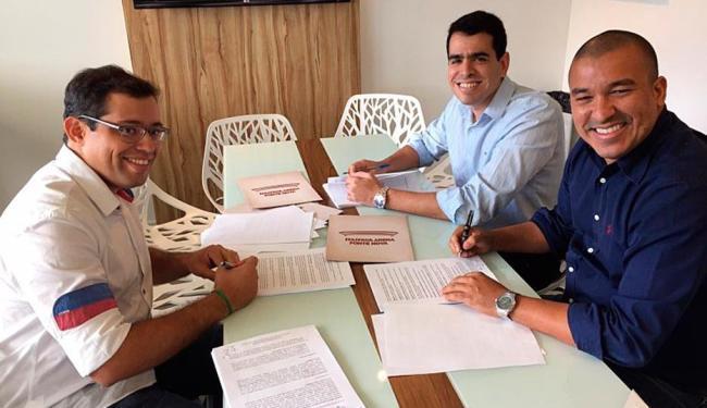 Novo contrato foi assinado por representantes da Arena e do Bahia - Foto: Divulgação | E.C.Bahia