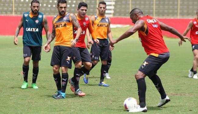 O zagueiro Guilherme Mattis e o lateral-direito Diogo Mateus foram liberados pelo DM - Foto: Marco Aurélio Martins | Ag. A TARDE