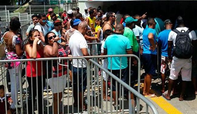 Houve filas em todos os pontos de venda - Foto: Divulgação | E.C.Vitória