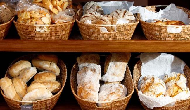 Elevar o preço do pão francês na conjuntura atual da economia seria um
