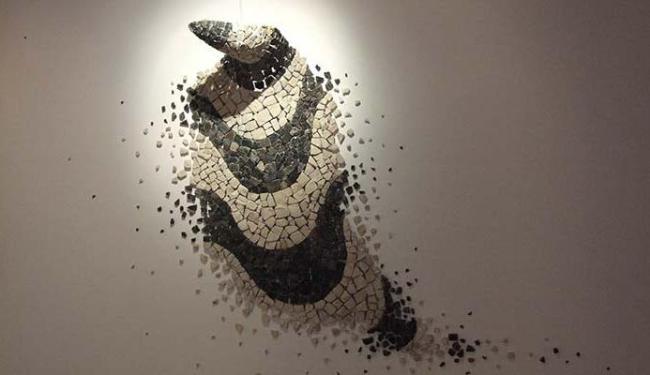 Artista plástico usa pedras portuguesas em seus trabalhos - Foto: Erivan Morais | Divulgação