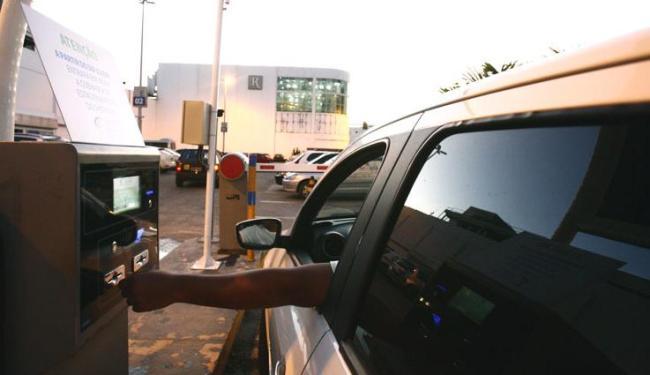 O estacionamento do Shopping da Bahia foi um dos multados pelo Procon - Foto: Mila Cordeiro | Ag. A TARDE
