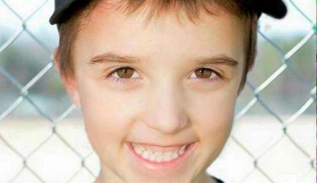 Menino morreu após contrair bactéria que se alojou no seu cérebro - Foto: Reprodução | Facebook