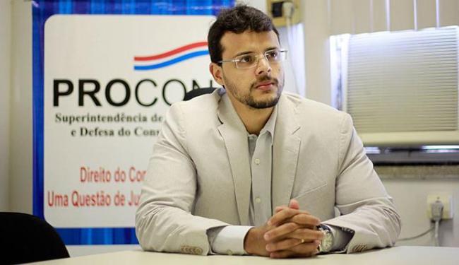 Menezes: a expectativa é renegociar dívidas de pelo menos mil consumidores - Foto: Raul Spinassé | Ag. A TARDE - 17.7.2015