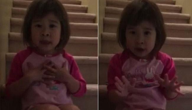 Mãe postou em sua rede social o vídeo de Tiana sentada na escada lhe dando conselhos - Foto: Reprodução | Facebook | Cherish Sherry