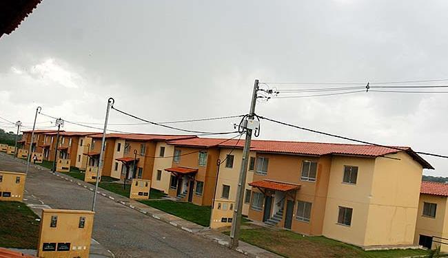 Com a mudança, os imóveis cujos donos estão inadimplentes serão repassados a outra família - Foto: Luiz Tito   Ag. A TARDE   05.03.2015